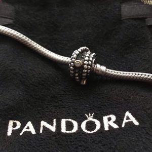 Authentic Pandora Entangled Beauty Charm